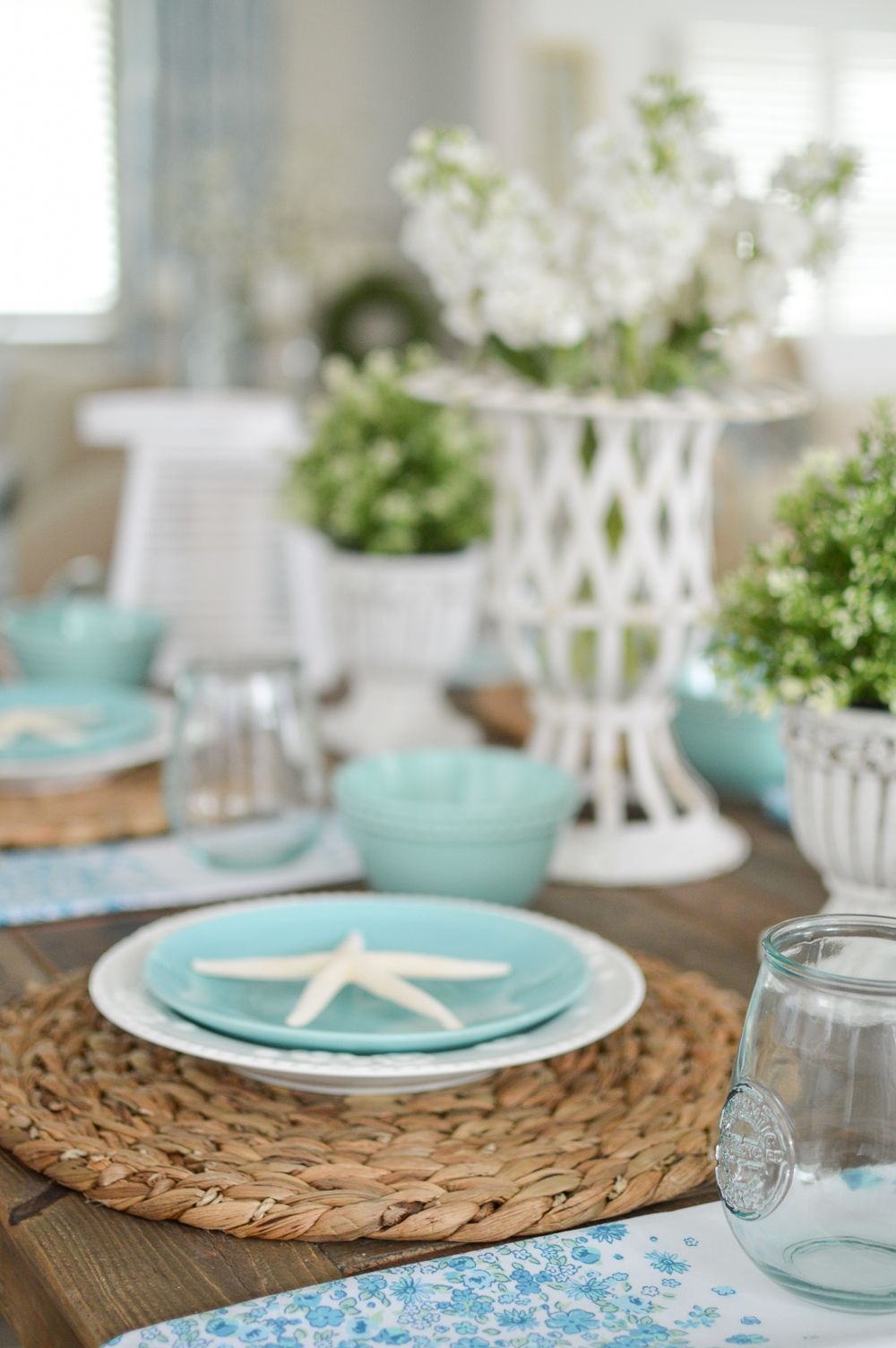 40+ DIY Farmhouse Table Plans the Best Outdoor Seating & Dining Room ...