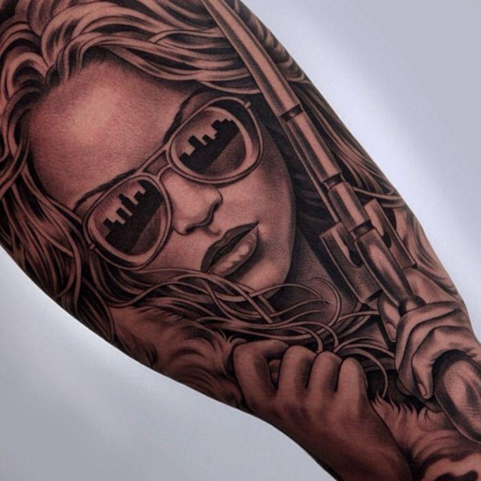 Татуировки девушек в очках хуй фото купить