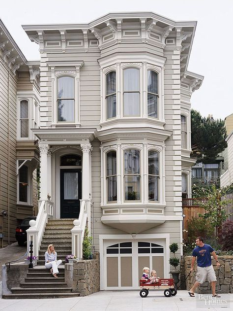 Love The Look Of Victorian Style Homes Find Out Features That Make These