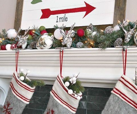 Top 15 Christmas Projects Clean And Scentsible Christmas Signs Diy Christmas Signs Creative Christmas Crafts