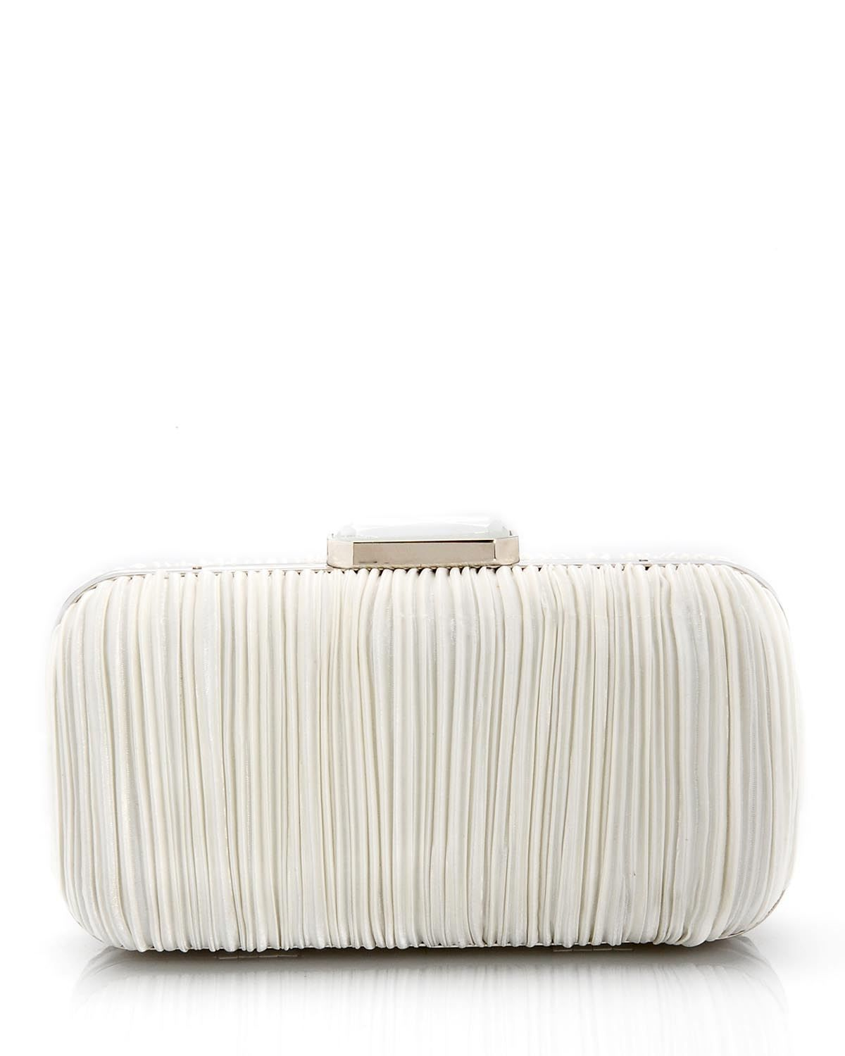 Jessica McClintock Clutch for $35 at Modnique.com. Start shopping now and save 44%. Flexible return policy, 24/7 client support, authenticity guaranteed