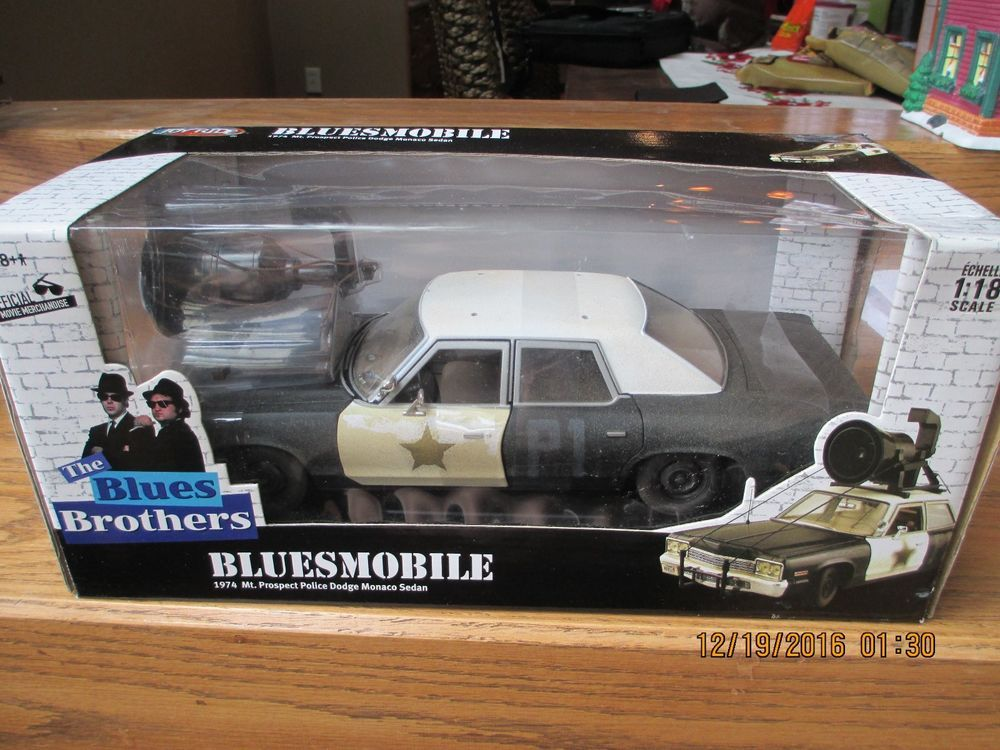 joyride 74 1974 dodge monaco bluesmobile auth blues brothers movie car 1 18 joyride dodge 1. Black Bedroom Furniture Sets. Home Design Ideas