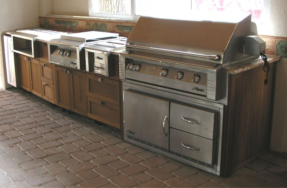 The Feel Of An Outdoor Kitchen Using Kitchens Cabinets Specifically Outdoor Kitchen Cabinets Kitchen Cabinets Pictures Kitchen Cabinet Styles