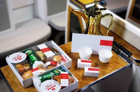 Emirates Re Design Ramadan Boxes For Iftar Service Emirates