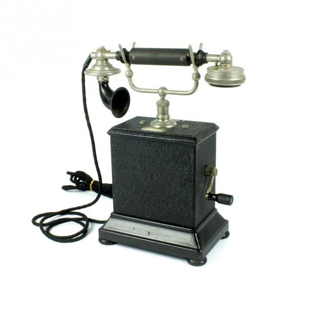 la Bodega Antiques. Antique telephone LM Ericsson Stockholm magneto cradle  Sweden Type B. | Bodegas, Teléfono antiguo
