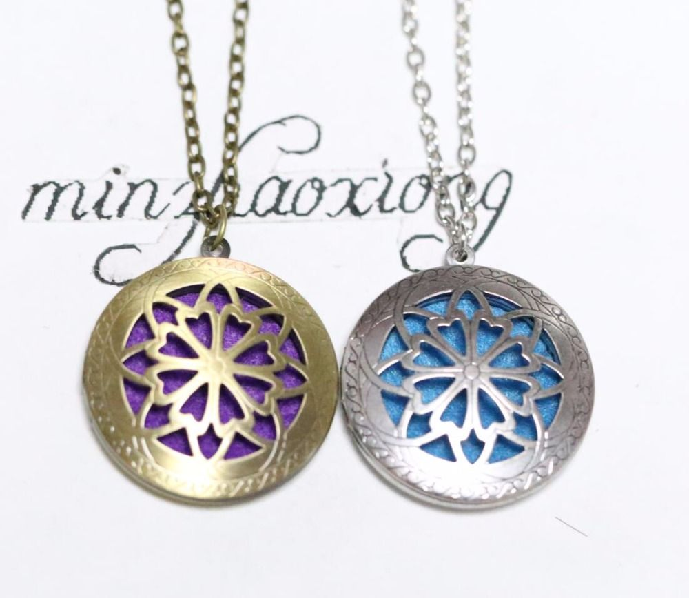 Aromatherapy diffuser pendant necklace locket personal wearable