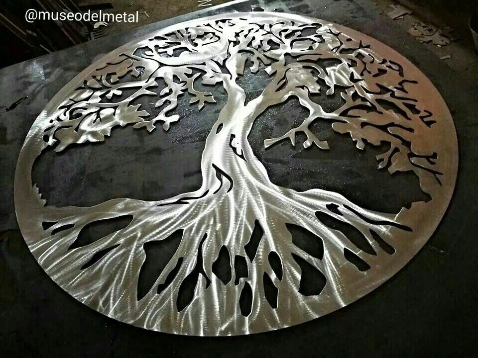 Comparto la foto de tu pedido hoy se nos va otro maravilloso árbol de la vida  Medidas 1x1 mts  Costo $1,000 pesos ENVIO GRATIS  Info.  Whats app 414,231,8646  Atencion por chat en Www.museodelmetal.com