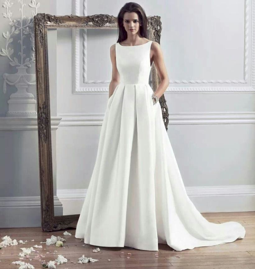 Gorgeous 31 Elegant Vintage Wedding Dresses to Inspire http://upoutfit.com/index.php/2018/07/16/31-elegant-vintage-wedding-dresses-to-inspire/