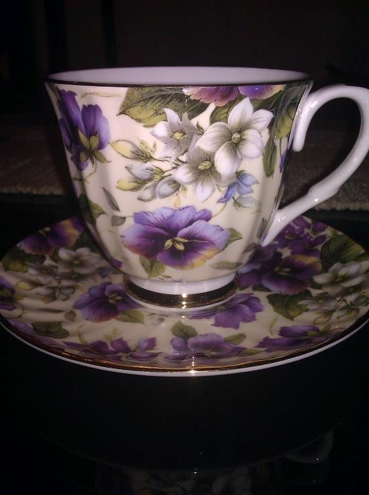 english bone china teacup sweet violets pinterest. Black Bedroom Furniture Sets. Home Design Ideas