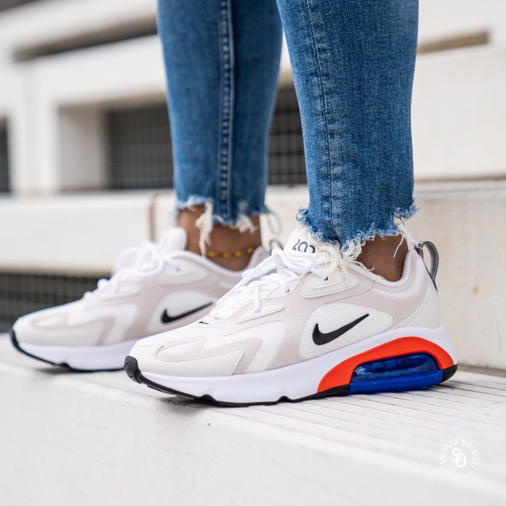 Women's Air Max 200 Sail/Black-Desert Sand | Vrouwen nike ...