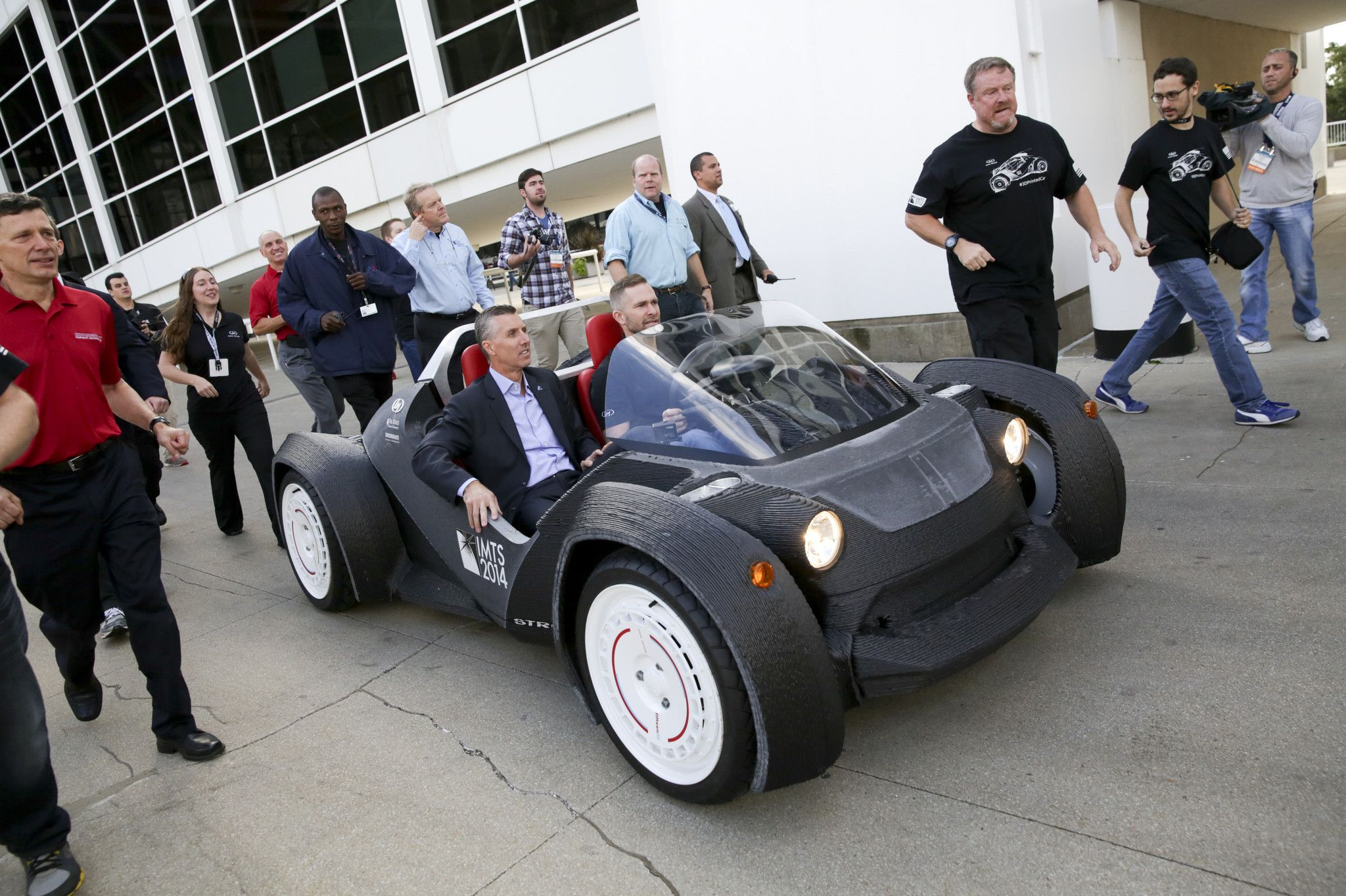 Worlds first 3D printed car being driven. | 3D Printed Things ...