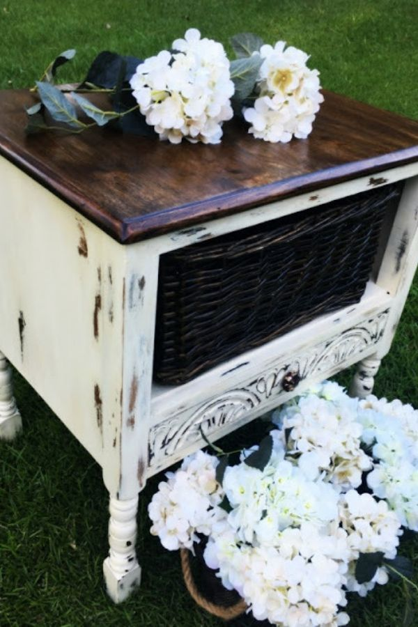 Fancy Farmhouse End Table Diy Farmhouse Farmhousedecor