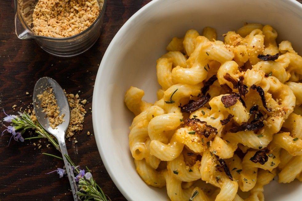 Chloe S Vegan Sweet Potato Mac N Cheese Recipe Vegan Sweet Potato Vegan Mac And Cheese Mac N Cheese
