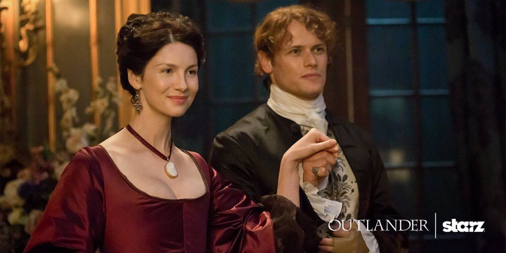 We present to you, the laird of Broch Tuarach and his lady. #OutlanderOfferings