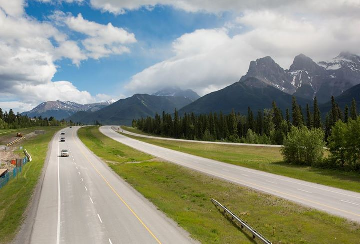 Bow River Valley Highway