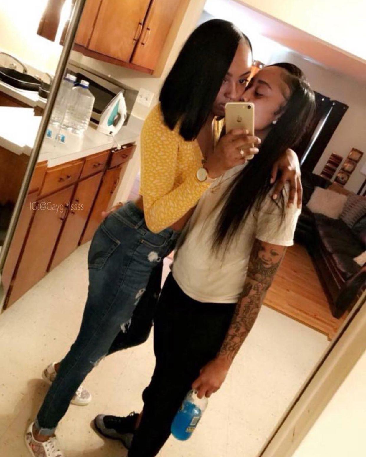 Ebony Lesbian Orgy Strap