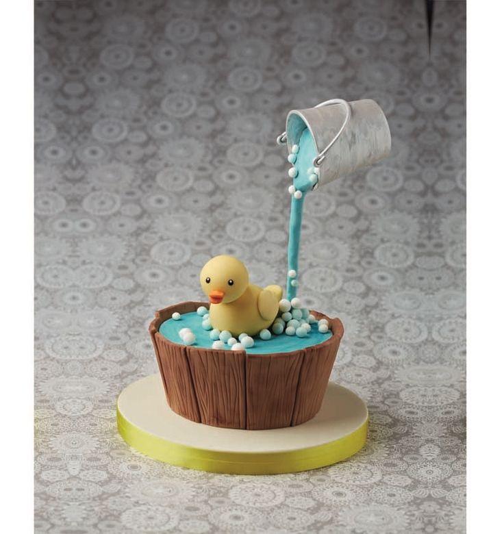 Simple Cake Decoration #gravitycake
