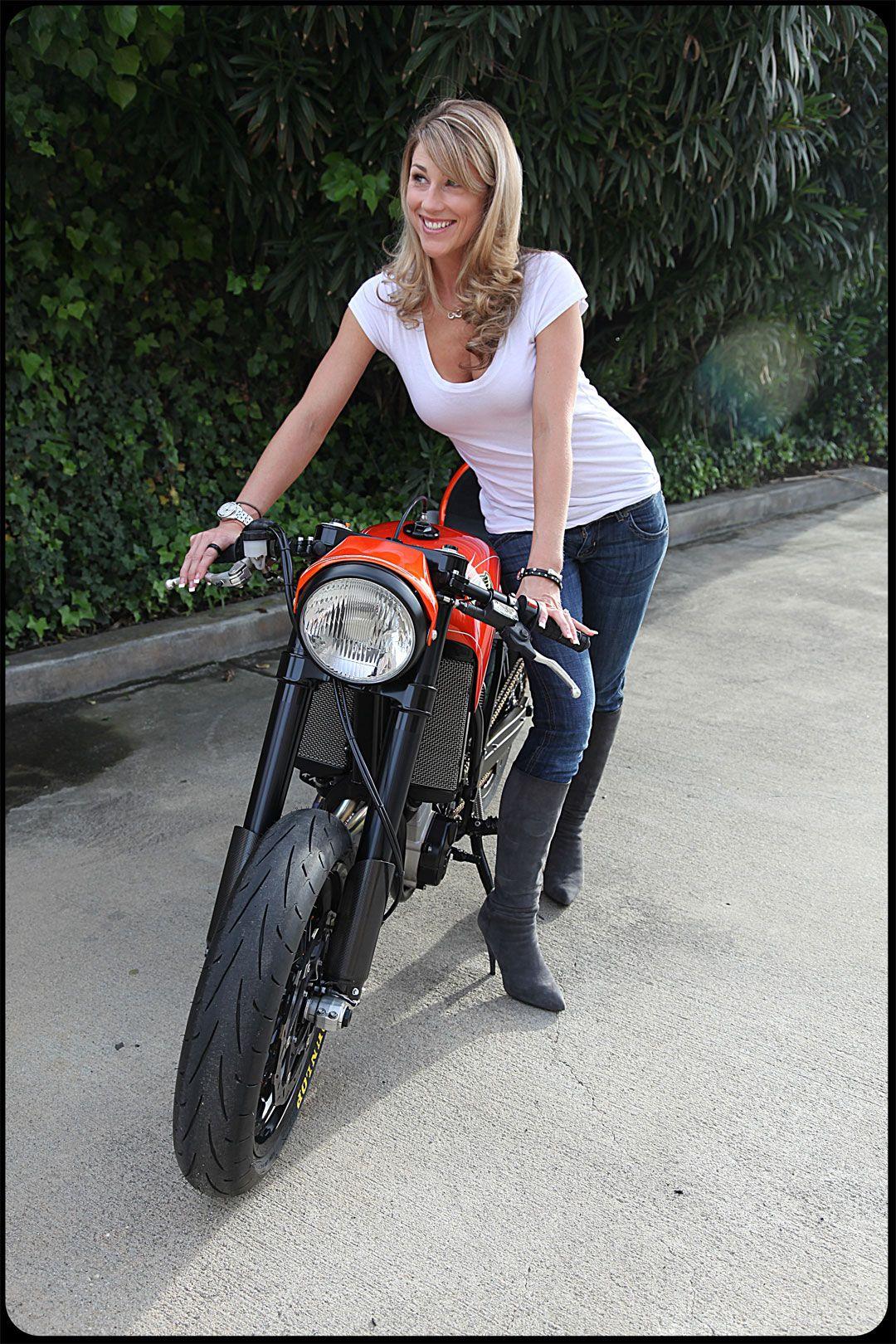 Ktm Motard Cafe Racer Cafe Racer Girl Motorcycle Girl Biker Girl