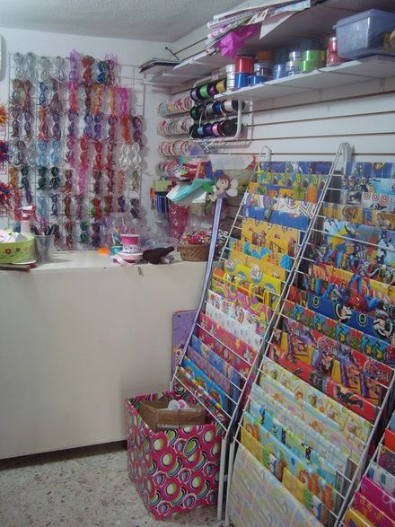 Fotos de venta del mobiliario para tienda de regalos ver fotos monterrey decorac comercial - Regalos de muebles gratis ...