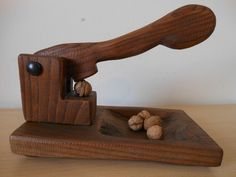 Nutcracker – Michele Giovannuzzi Wood