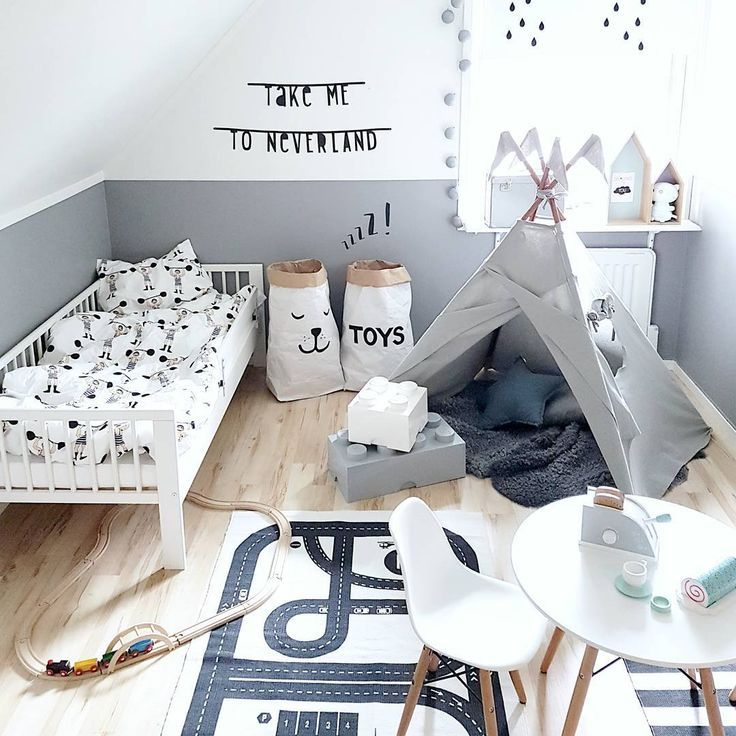 kinderzimmer f r jungs in wei grau und schwarz mit tipi kinderzimmer ideen children room. Black Bedroom Furniture Sets. Home Design Ideas