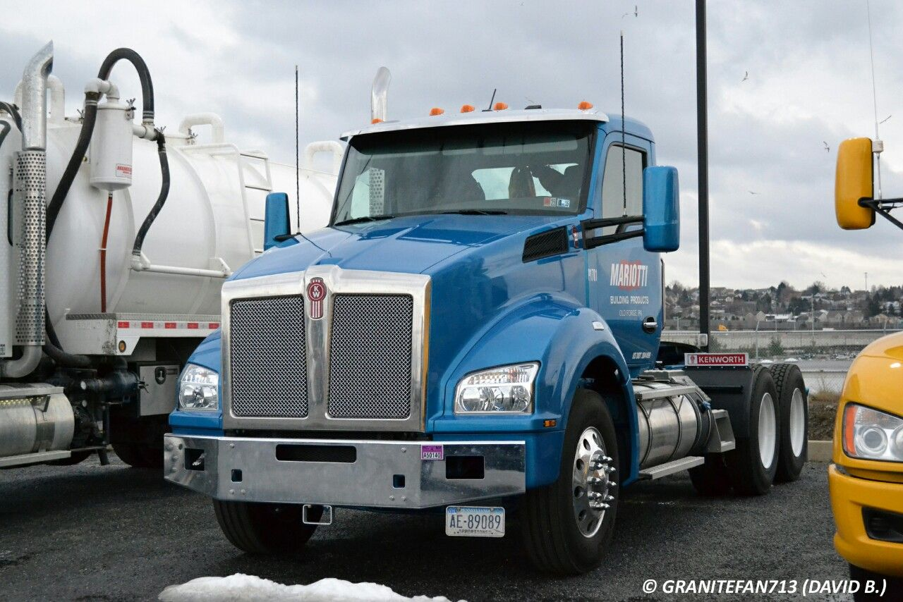 Kenworth t880 heavyhauling kenworth class 8 trucks pinterest kenworth t880 heavyhauling kenworth class 8 trucks pinterest biggest truck semi trucks and rigs sciox Image collections