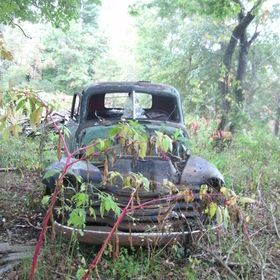 Old Truck by dww25921 belongs to Cars