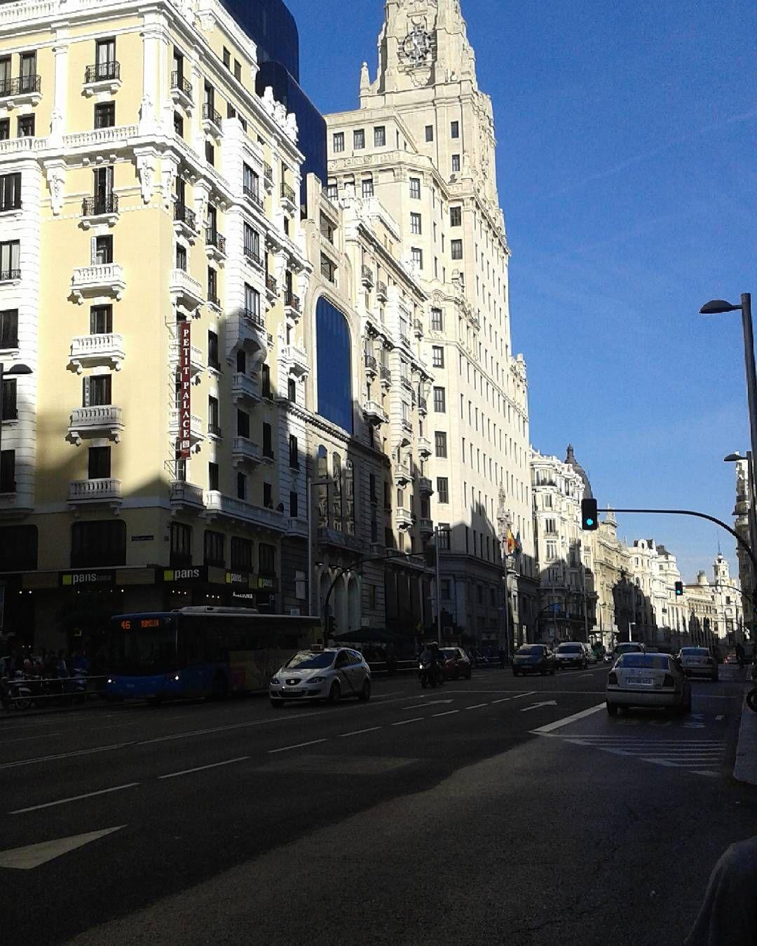 La ciudad de mis sueños  #madrid #madridmemola #madriz #granvia