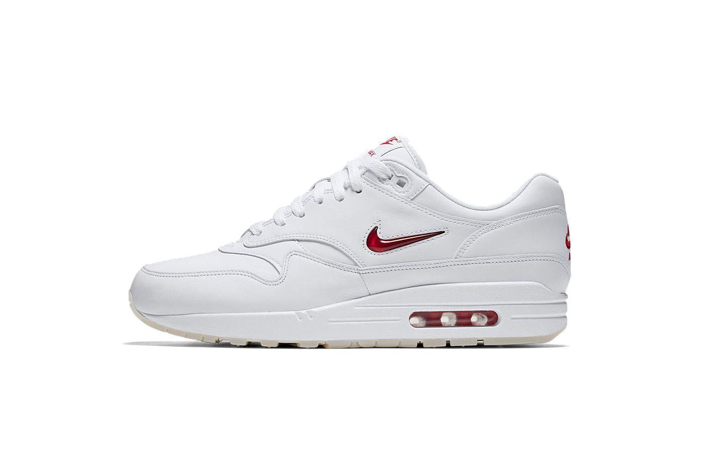 f92461bc3aa5 Nike s Air Max 1