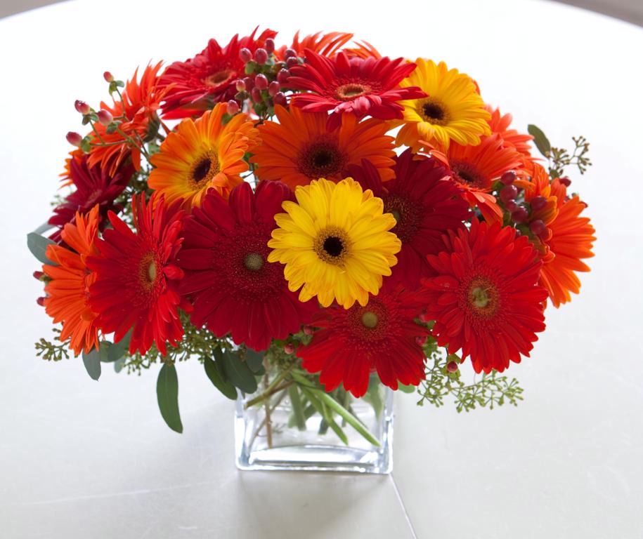 Round Table With Bold Flowers Google Search In Bloom Florist Same Day Flower Delivery Gerbera Flower