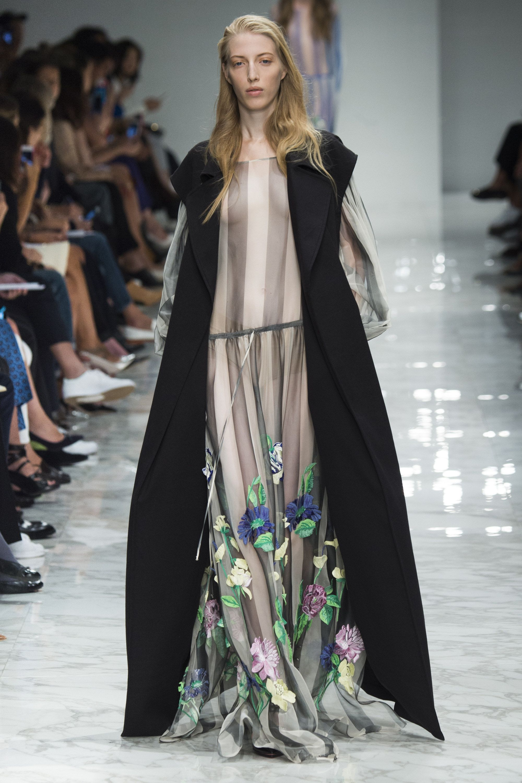 Blumarine Spring 2016 Ready-to-Wear Collection Photos - Vogue   Blumarine is designed by Anna Molinari
