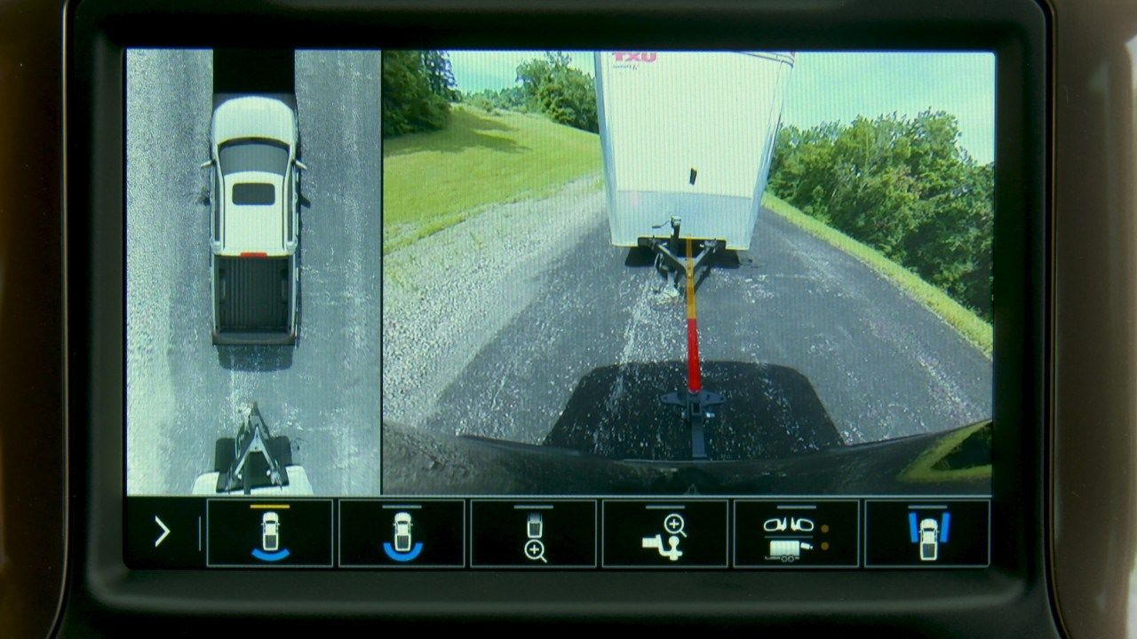 Chevy Advanced Trailering Introduces Integrated Tire Monitoring Trailer Theft Warning Overhead Camera And More Pickup Trucks Trucks Chevy
