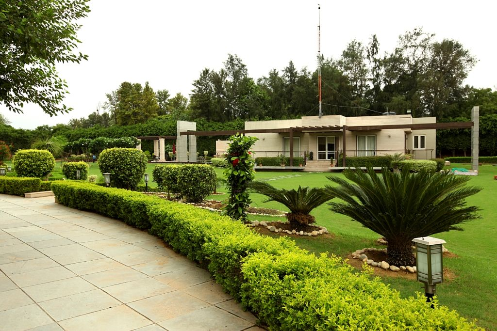 Residential farmhouse In Delhi with Swimming Pool in 2.5