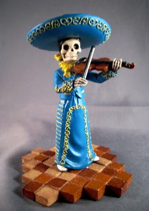 violin-mariachi-band || National Museum of Funeral History || want scale: 4.5
