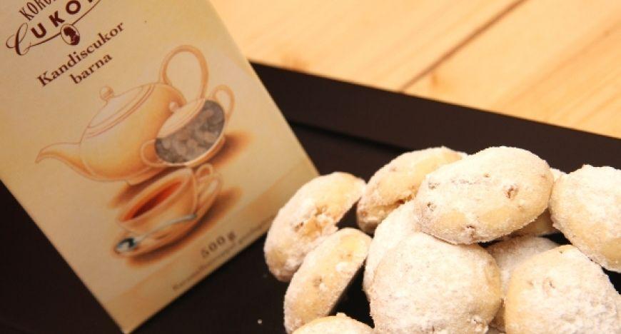 A kész süti hosszan eltartható. Tea mellé, vagy összejövetelekre is kiváló…