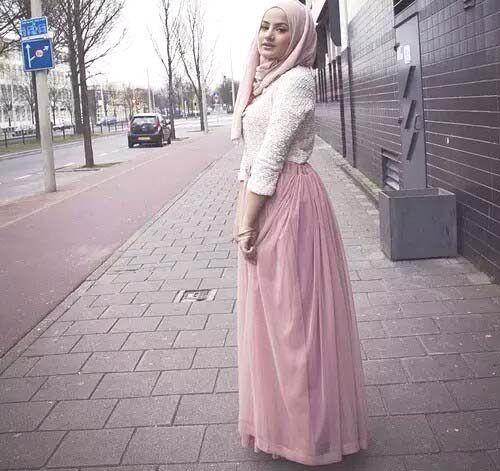 blush-chiffon-maxi-skirt-hijab- Beautiful fall hijab trends http: - Blush-chiffon-maxi-skirt-hijab- Beautiful Fall Hijab Trends Http
