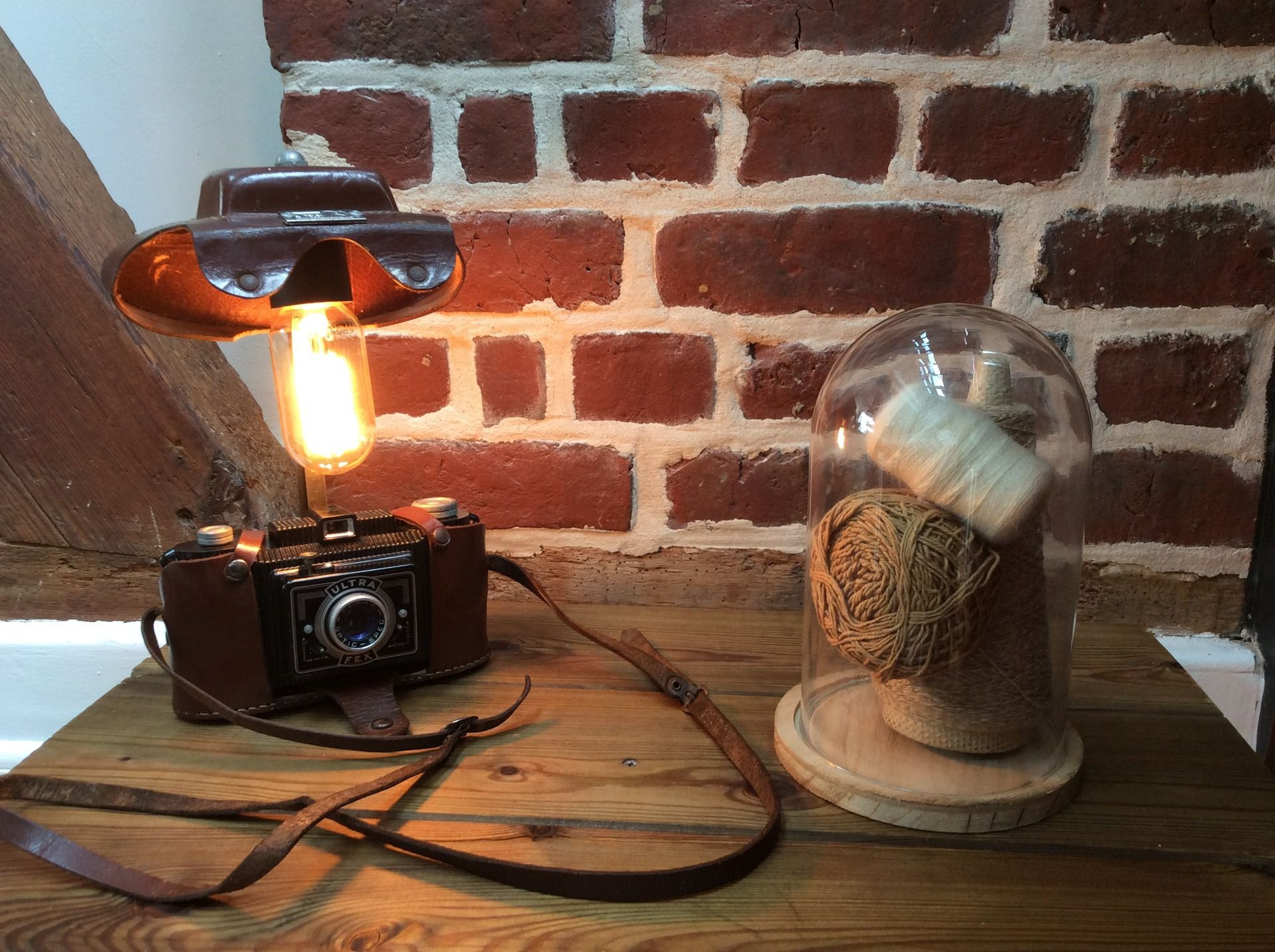 Lampe orignale deco ancien appareil photo vintage deco loft : Luminaires par lampesoriginales