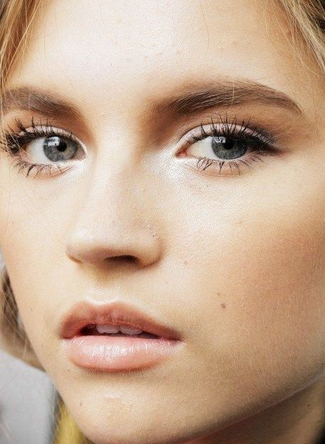 8. Even Brighter Eyes...Another tip to brighten up your eyes is to use a little white shadow on the inside of your eye near the tear ducts. Just this little bit of white can make a huge difference.
