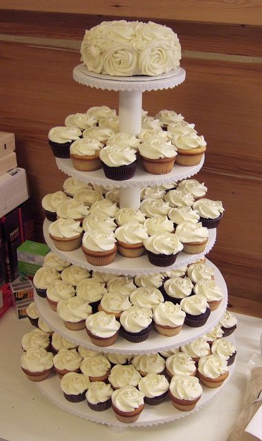 Wedding Cupcakes With Images Wedding Cakes With Cupcakes