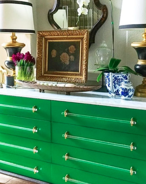 My Lacquer Spray Paints Can Be Used On Lamps Furniture And Mirrors Transform Your Furniture In Minutes Brig Paint Furniture Emerald Green Decor Green Decor