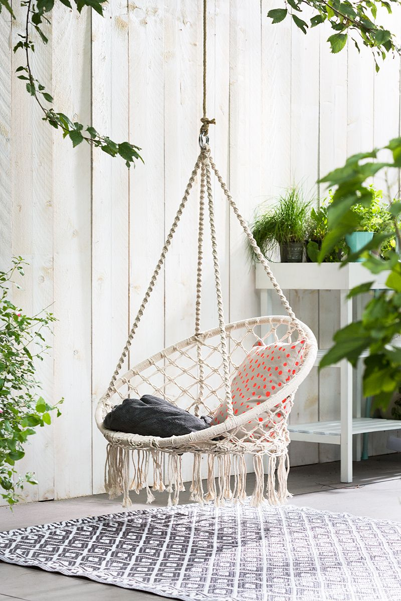 Hangstoel tuin terras inspiratie pinterest room for Hang stoel