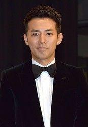 綾部祐二が17年4月からニューヨークを拠点に活動 ピースは活動休止へ