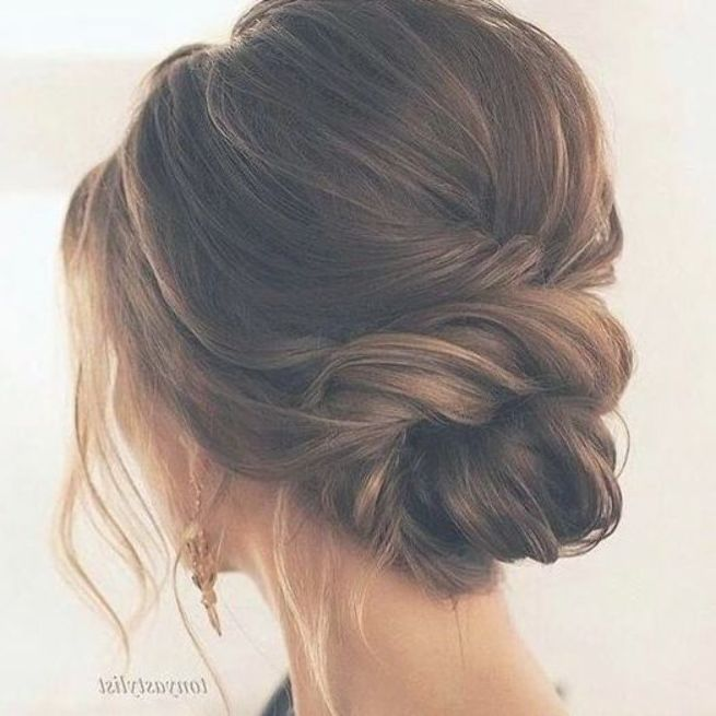 20 Inspiration Low Bun Hairstyles For Wedding 2019 2020: Perfect Medium Length Hairstyles For Thin Hair In 2019