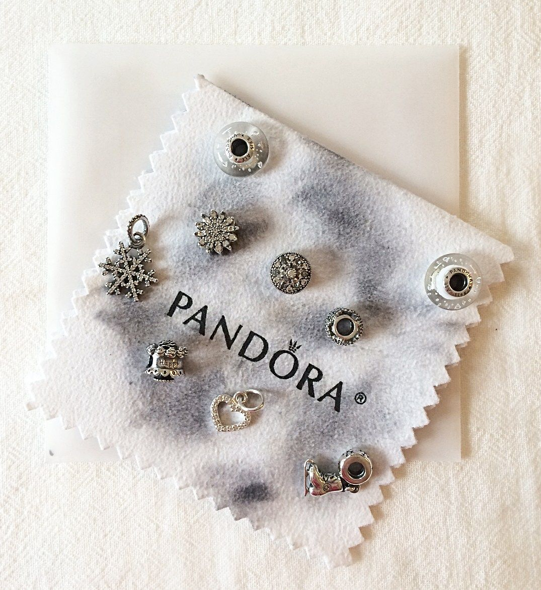 9 Steps to Clean Your PANDORA Bracelet (With images