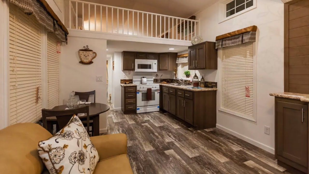 Gorgeous Park Model 516L Sizzler From Champion Homes