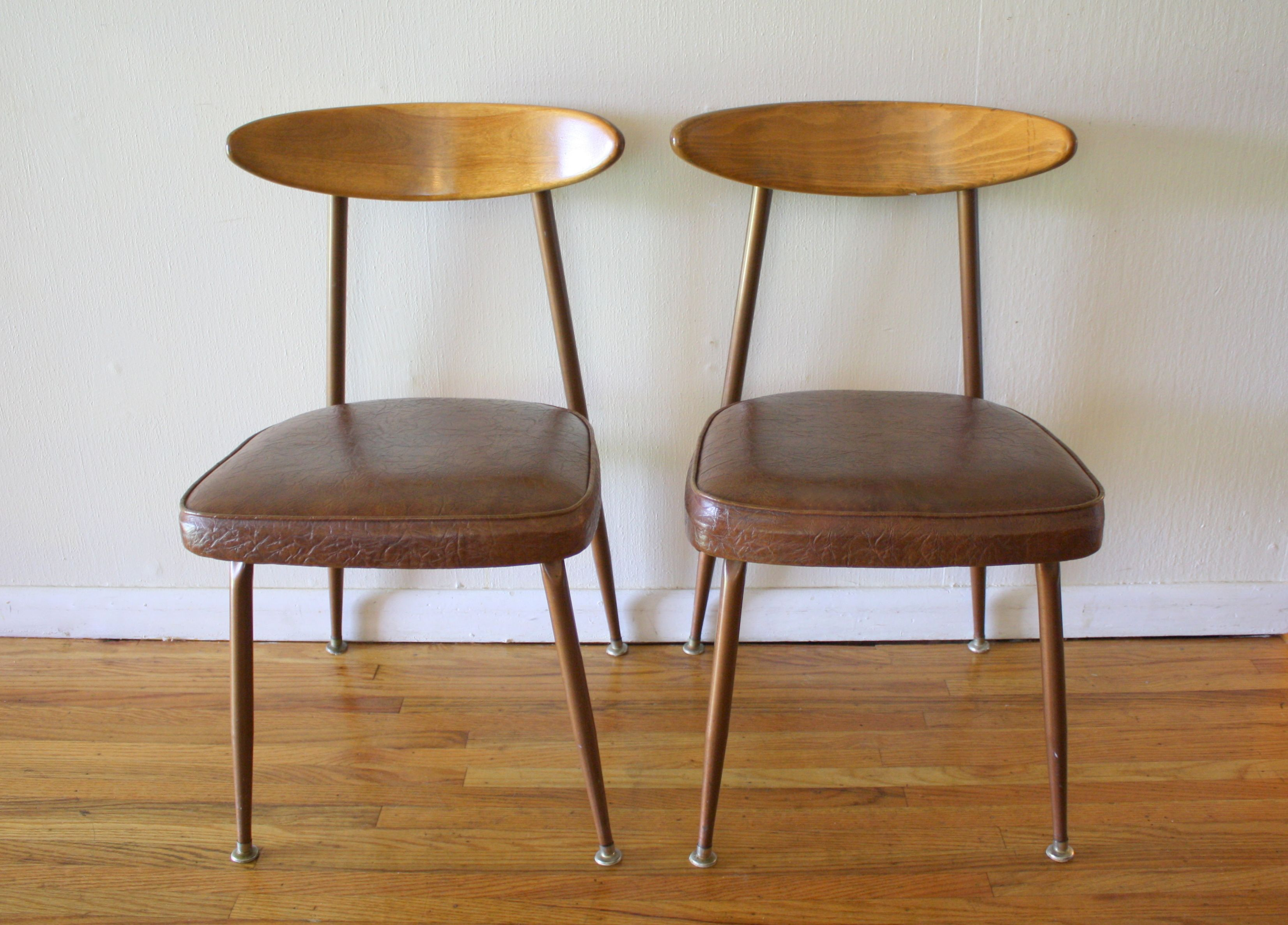Fantastic This Is A Pair Of Mid Century Modern Chairs By Viko They Machost Co Dining Chair Design Ideas Machostcouk