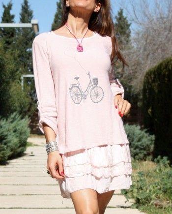 Jersey de corte recto, cuello redondo y manga larga regulable mediante botón. Espalda de tejido ligero haciendo vuelo www.youonlyou.com