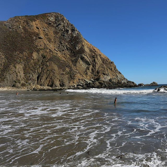 The scenery in Pfeiffer Beach, California State Route 1, Big Sur. California, U.S.  #pfeifferbeach #bigsur #route1 #westcoast #california #canon #nature #beauty #naturepics #welcometonature #beautifulplaces #fantastic_earth #awesome_earthpix #theoutbound #outdoors #adventure #journey #travel #travelgram #instatravel #landscape #scenery #미국여행 #캘리포니아 #미국서부해안 #1번도로 #빅서 #여기해변가재미있음요 #단유료임ㅠㅜ #calocals - posted by Minjoon Yoo https://www.instagram.com/minjoon.yoo - See more of Big Sur, CA at…