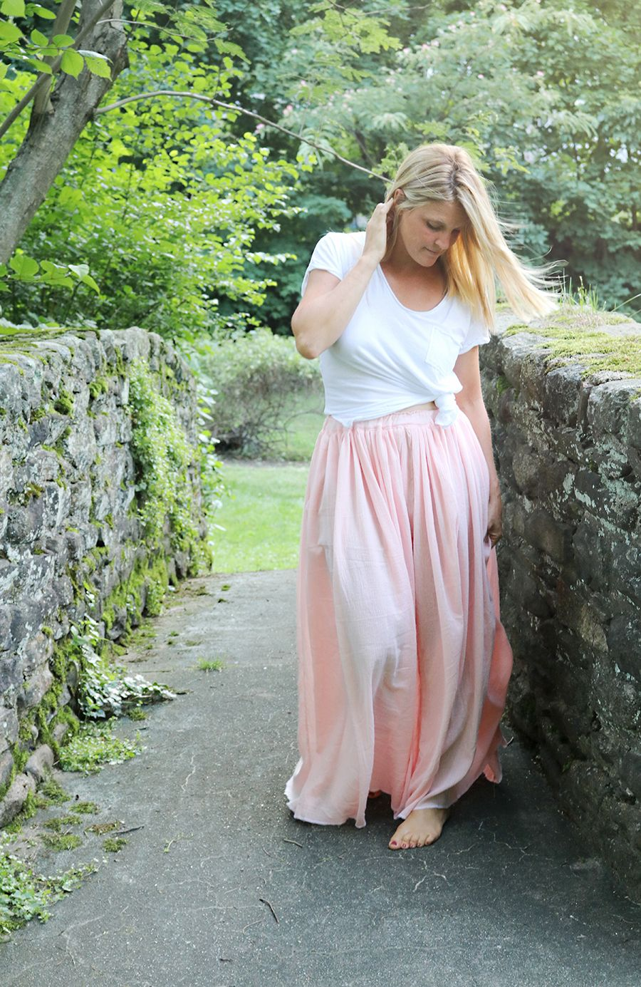 One Hour DIY Maxi Skirt | AllFreeSewing.com