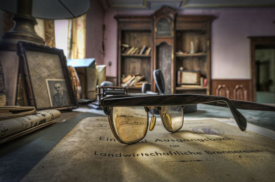 Dusty Old Glasses Lying Untouched For Years On A Table In A Small - Photographer captures abandoned worlds time forgot
